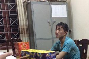 Diễn Châu: Bắt hai đối tượng buôn bán, vận chuyển 23 kg pháo nổ