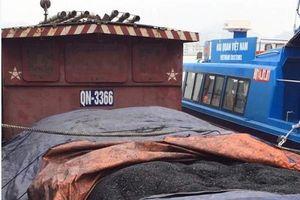Bắt giữ tàu vận chuyển gần 48 tấn than không có giấy tờ hợp lệ