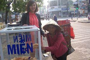 Kon Tum: 'Phủ sóng' tủ bánh mì và quầy quần áo miễn phí
