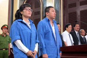Các luật sư đã gỡ tội cho Huyền Như, Võ Anh Tuấn như thế nào?