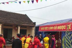 Không máu chảy, 2 'ông ỉn' ở Bắc Ninh được 'xử kín' tại lễ hội 'chém lợn'