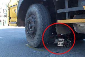 Người đàn ông chết thảm dưới bánh xe tải ngày mùng 6 Tết