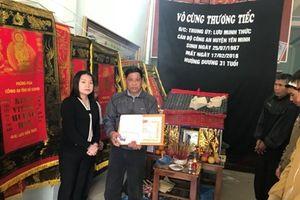 Truy tặng Huy hiệu 'Tuổi trẻ dũng cảm' cho Trung úy Công an hy sinh khi bắt tội phạm