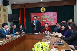 Chủ tịch Tổng LĐLĐVN Bùi Văn Cường thăm, chúc Tết Công đoàn Viên chức VN