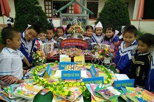 Hà Tĩnh: Nét đẹp từ lễ hội 'mừng tuổi sách' đầu năm