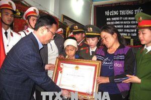 Truy tặng Huân chương cho Thượng úy Lưu Minh Thức hy sinh trong khi làm nhiệm vụ