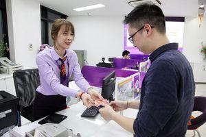 TPBank mở cửa Chủ Nhật phục vụ riêng khách mua vàng Thần Tài