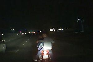 Nhóm thanh niên liều lĩnh truy đuổi, chặn đầu ô tô trên Quốc lộ 1A