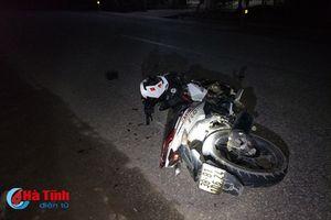 Xe máy phóng nhanh gây tai nạn, 2 người nguy kịch