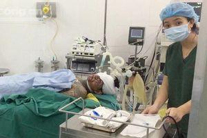 Hai nhóm giang hồ hỗn chiến ở TP.HCM, 3 người bị thương nặng