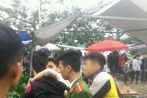 Đi lễ chùa, nam thanh niên bị vây đánh hội đồng, thương tích nặng