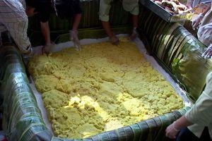 Thanh Hóa: Cần dẹp ngay ý định làm bánh dầy khổng lồ dâng vua Hùng