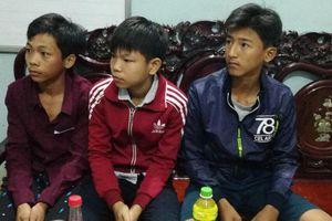Thủ tướng khen 3 học sinh nhặt 40 triệu trả lại người đánh mất