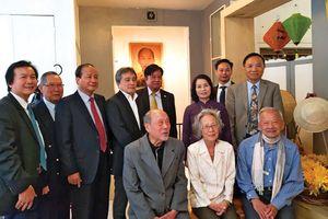 Hội Người Việt Nam tại Pháp - Kết nối và đồng hành cùng dân tộc