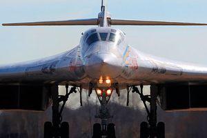 Tư lệnh Không quân tầm xa Nga được ông Putin trao thưởng huân chương