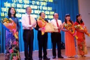 Bệnh viện quận Thủ Đức đón nhận Huân chương Lao Động hạng Ba