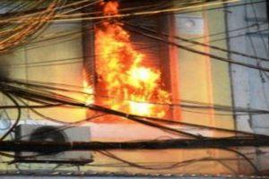 Nổ điện khi đang lắp ráp sân khấu, 3 công nhân bỏng nặng, một người tử vong
