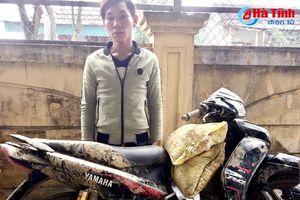 Tiện tay 'dắt'… xe máy người cùng làng!
