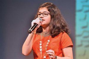 Cô bé Ấn Độ hát được 102 ngôn ngữ