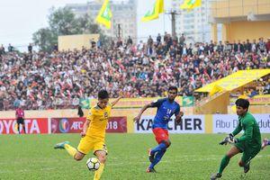 Tuyển thủ U23 Phan Văn Đức, Phạm Xuân Mạnh chọc thủng lưới đại gia Malaysia
