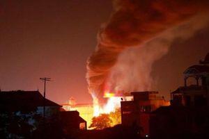 Cà Mau: Hỗ trợ 3 hộ gia đình có nhà bị cháy