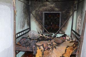 Con rể phóng hỏa đốt nhà vì ghen, 3 người bỏng nặng