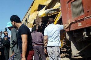 Tàu khách đâm tàu hàng tại Ai Cập, 19 người tử vong