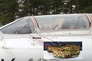 Bất ngờ tìm thấy mảnh vỡ nghi 'xác' máy bay Mig21-U gặp nạn 47 năm trước