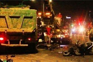 Xe ben cuốn nhiều xe máy vào gầm ở TP.HCM: Tài xế gây tai nạn khai gì?