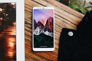 Xiaomi Redmi 5 Plus cháy hàng ngày đầu đặt mua trước