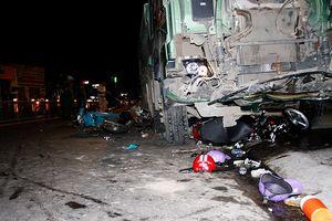 Hiện trường xe ben tông hàng loạt xe máy ở Gò Vấp