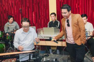 Trọng Tấn và Quang Lê lần đầu hát chung trong show 'Độc huyền cầm'