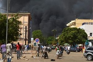 Đại sứ quán Pháp tại Burkina Faso bị tấn công, gần 80 người thương vong