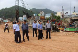 Tiến độ thi công các Dự án giao thông trọng điểm tại Bình Định chậm: Giải pháp nào để tháo gỡ?