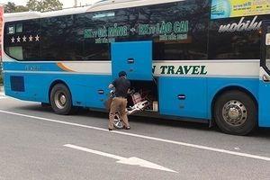 Hà Tĩnh: Gây tai nạn, xe khách giấu xe đạp vào gầm nhằm xóa hiện trường