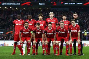 Đổi 7 kiểu áo trong mùa, FC Cologne vẫn xếp bét bảng Bundesliga