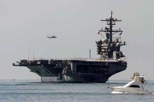 Siêu tàu sân bay Mỹ - USS Carl Vinson đến Đà Nẵng sáng nay