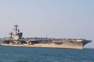 Hình ảnh đầu tiên của nhóm tác chiến tàu sân bay Mỹ ở Đà Nẵng