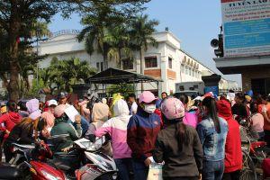 Vụ công nhân bị 'xù lương Tết': Hỗ trợ công nhân chấm dứt HĐLĐ