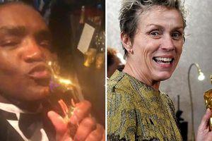 Kẻ gian đánh cắp tượng vàng Oscar của Nữ chính rồi khoe trên Facebook