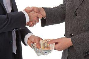Xử hối lộ công chức nước ngoài: Thiếu cơ chế thực thi
