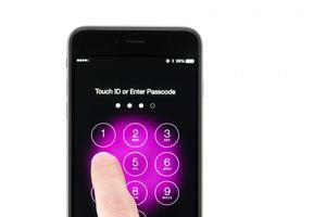 Cựu kỹ sư Apple tuyên bố có thể mở khóa iPhone