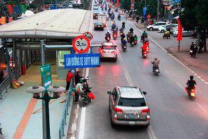 Hà Nội khẳng định không cho xe buýt thường đi vào làn BTR