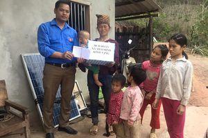Lạng Sơn: Hỗ trợ gia đình hai bố con đi lấy mật ong bị sát hại dã man