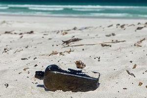 Phát hiện tin nhắn trong chai cổ nhất thế giới
