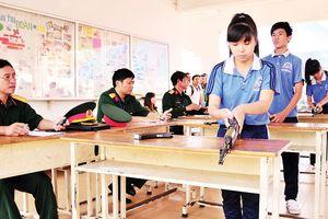 Quan tâm giáo dục quốc phòng cho giới trẻ
