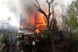 Hỏa hoạn cháy rụi 4 căn nhà liền kề