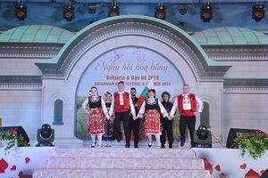 Ngày hội hoa hồng Bulgaria thu hút đông đảo du khách