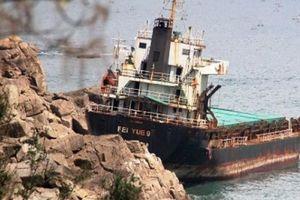 Ngổn ngang xác tàu 'khủng' ở vịnh Quy Nhơn: Bao giờ được giải cứu?