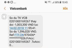 Khách rút tiền nhận đường link lạ, Vietcombank nói gì?